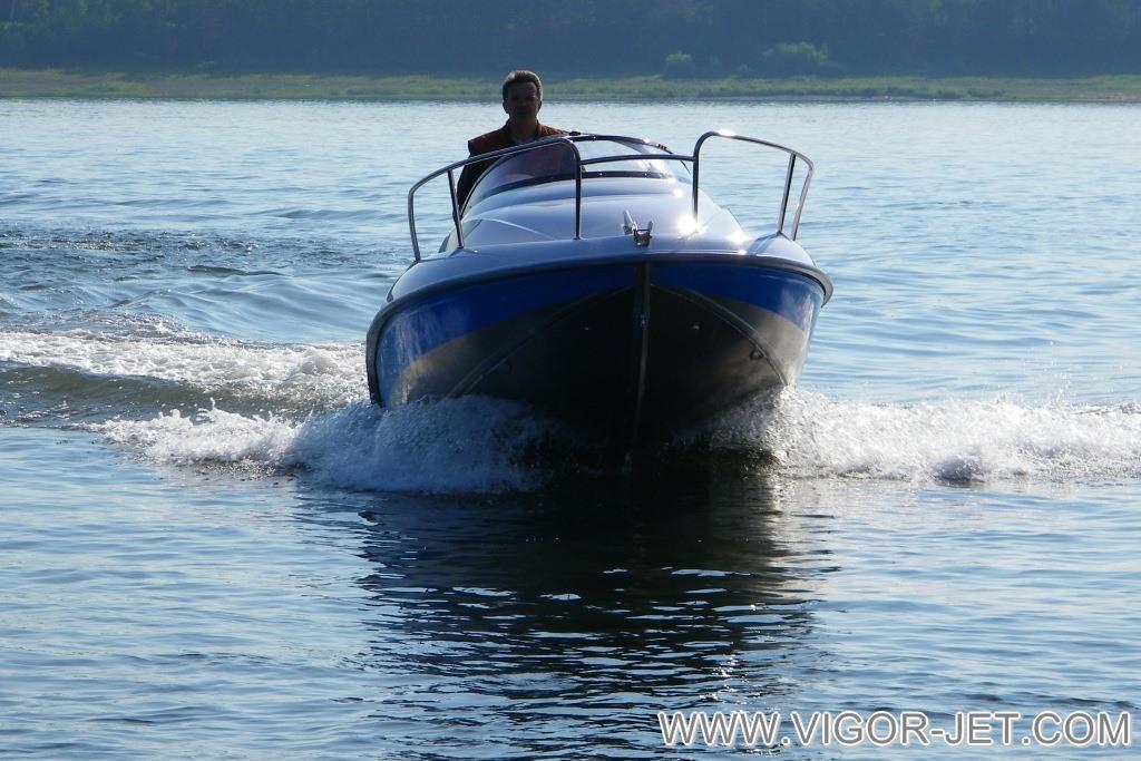 VIGOR 480 (S) Walkaround цвета Ocean Blue
