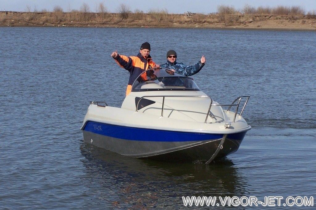 Завершение испытаний катера на воде