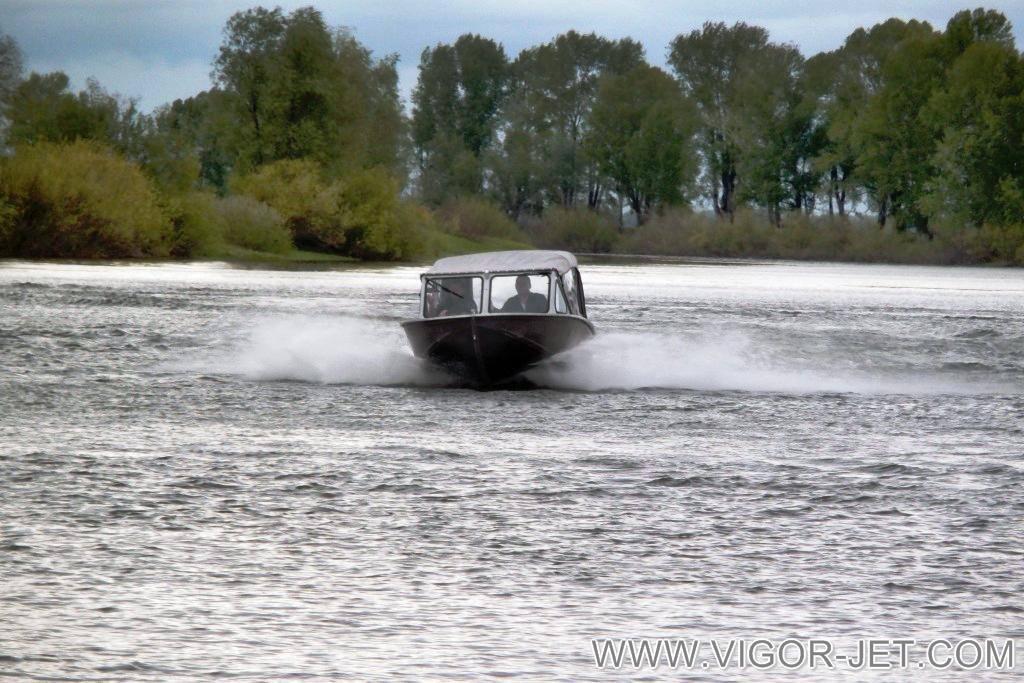 Прверка ходовых качеств катера VIGOR 480 (S) Closed Bow
