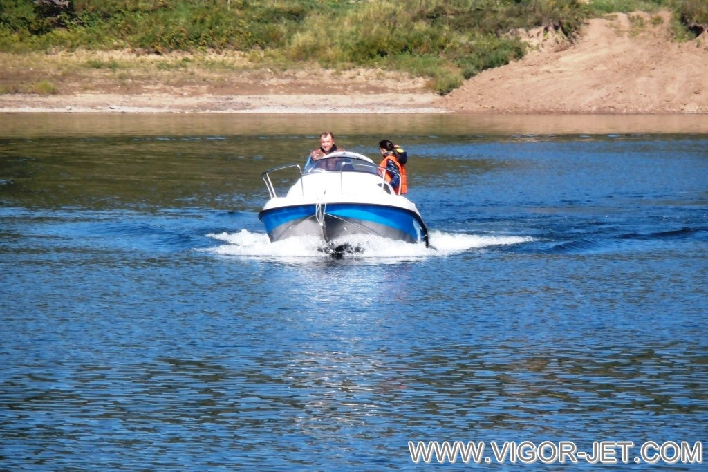 VIGOR 480 (S) Walk Around на реке Томь