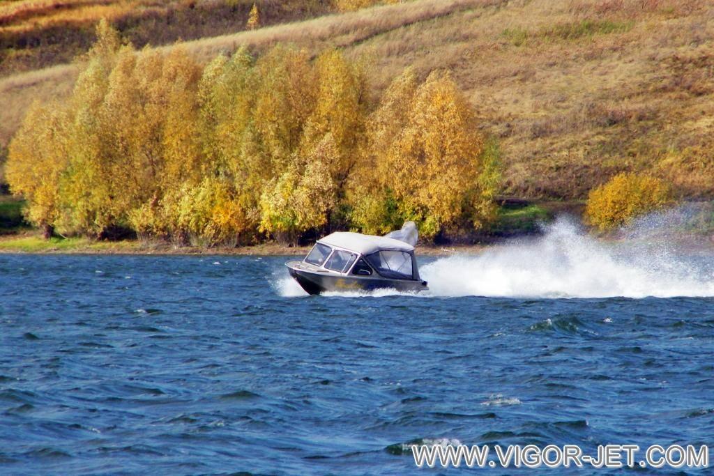 Испытания катера VIGOR 480 (S) Closed Bow покупателем из Кемеровской области после гарантийного обслуживания по отзывной компании (перепрошивка ЭБУ и замена глушителя)