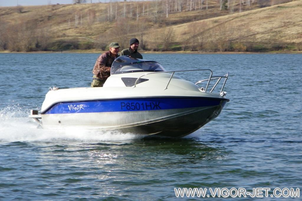 Испытания катера VIGOR 480 (S) Walk Around покупателем из Новосибирской области после гарантийного обслуживания по отзывной компании (перепрошивка ЭБУ)
