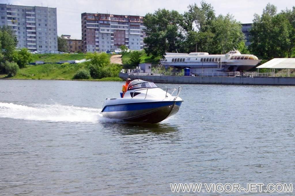 Катер VIGOR 480 (S) Walk Around в Красноярском крае
