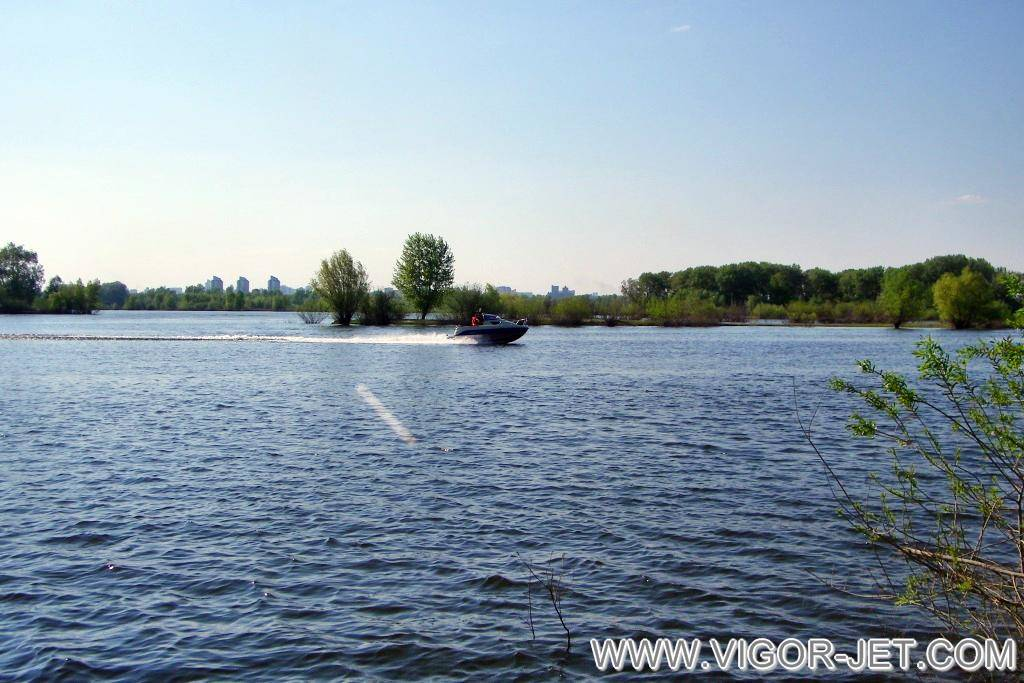 Испытания на реке Обь ( залив Водный мир)
