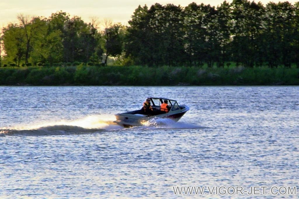 Катер VIGOR 540 (A) Bow Rider